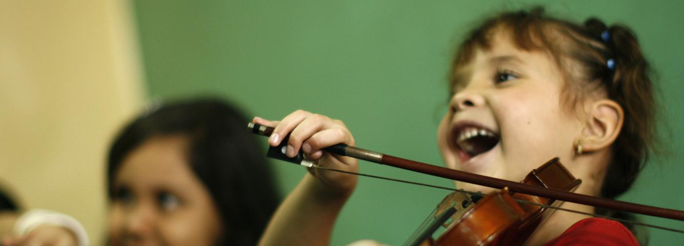 Pour les enfants, faire de la musique favorise les apprentissages